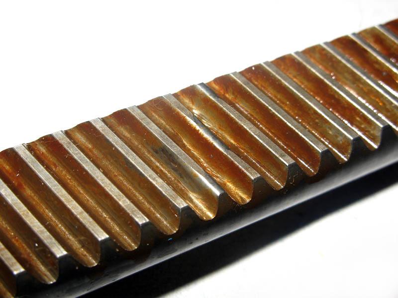 Износ центрального зуба рулевой рейки Ауди